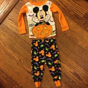 5/$25 Halloween Mickey Mouse Pajamas 12M